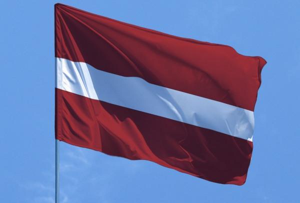 флаг латвія